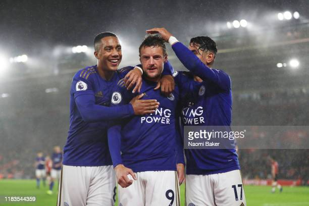 Jamie Vardy of Leicster City celebrates after scoring his team's fifth goal with Youri Tielemans and Ayoze Perez during the Premier League match...