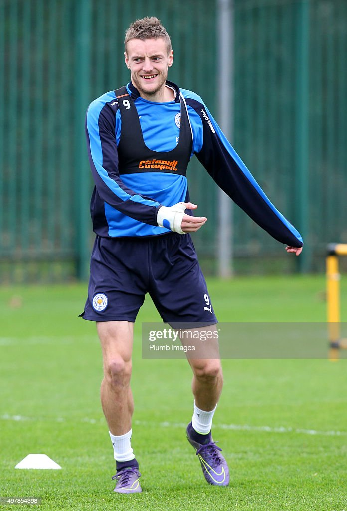 Jamie Vardy takes part in the warm up and hopes to be fit for Saturday's game against Newcastle during the Leicester City training session at Belvoir Drive Training Complex on November 19 , 2015 in Leicester, United Kingdom.