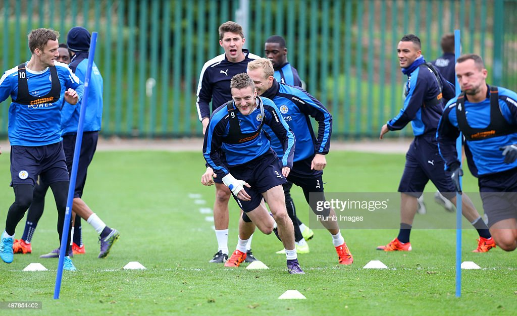 Jamie Vardy takes part in the warm up during the Leicester City training session at Belvoir Drive Training Complex on November 19 , 2015 in Leicester, United Kingdom.