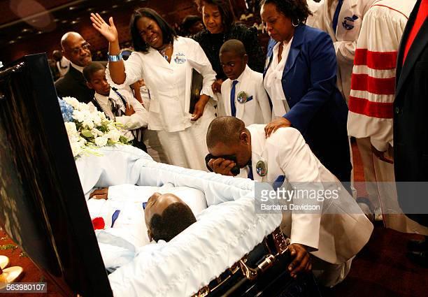 trayvon martin funeral - 586×330