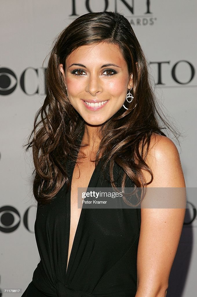 Jamie-Lynn Sigler attends the 60th Annual Tony Awards at Radio City Music Hall June 11, 2006 in New York City.