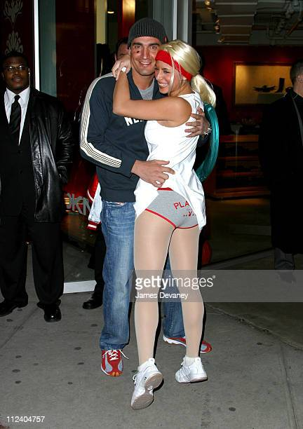 JamieLynn Sigler with AJ Discala dressed as Anna Kournikova and Enrique Iglesias