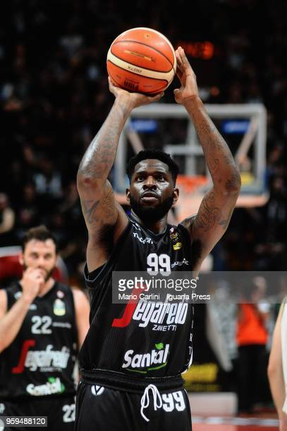 Jamil Wilson of Segafredo in action during the LBA LegaBasket match between Virtus Segafredo Bologna and Scandone Sidigas Avellino at PalaDozza on...