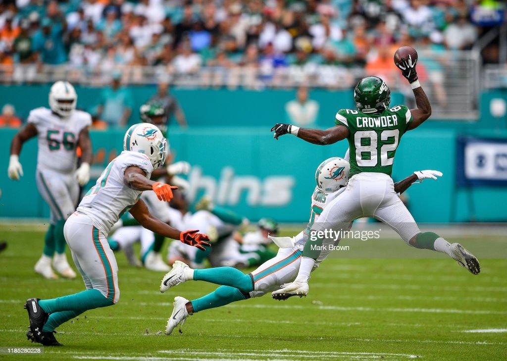 New York Jets vMiami Dolphins : News Photo