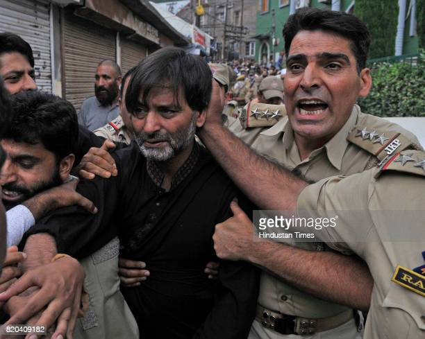 Jammu and Kashmir Liberation Front Chairman Yasin Malik detained by police as he tries to march towards the office of the United Nations Military...