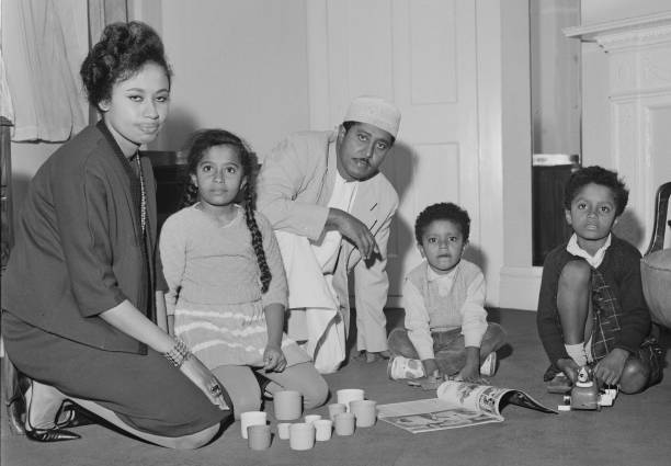 Jamshid bin Abdullah the last Sultan of Zanzibar in exile with his wife Sheikha Anisa bint Salim Al Said and children at the St James' Hotel London...