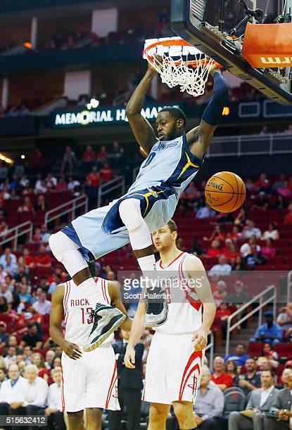 JaMychal Green of the Memphis Grizzlies goes up for a dunk during their game against the Houston Rockets at the Toyota Center on March 14 2016 in...