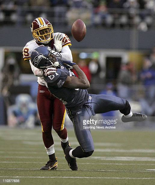 Jan 05 2008 Seattle Washington USA NFL Football Washington Redskins LEIGH TORRENCE against Seattle Seahawks NATE BURLESON at Qwest Field on Jan 5...