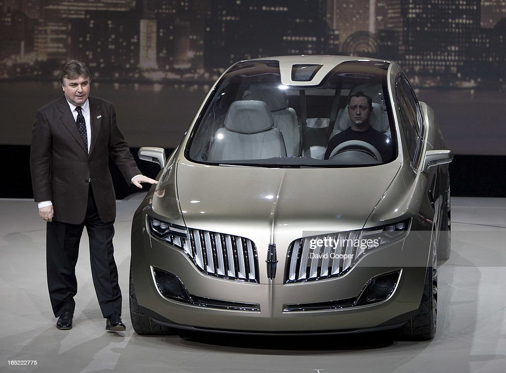 https://media.gettyimages.com/photos/jan-14-2008-peter-hornbury-ford-design-with-the-lincoln-mkt-concept-picture-id165222775