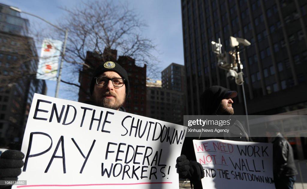 U.S.-NEW YORK-PARTIAL GOVERNMENT SHUTDOWN-PROTEST : News Photo