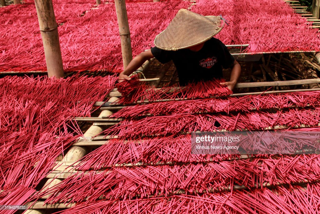 Malang Jan 16 2020 A Worker Dries Traditional Incense Sticks At News Photo Getty Images