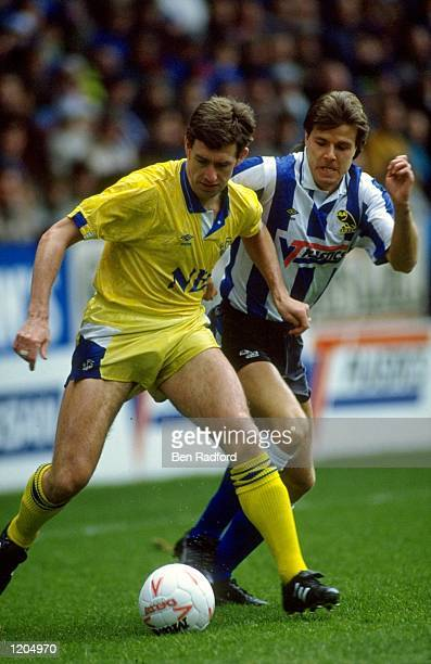 Kevin Sheedy of Everton in action during the FA Cup 4th Round match against Sheffield Wednesday played at Hillsborough in Sheffield England The match...