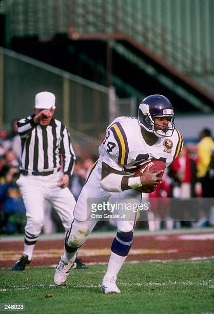 Running back Herschel Walker of the Minnesota Vikings runs with the ball during a game against the San Francisco 49ers at Candlestick Park in San...