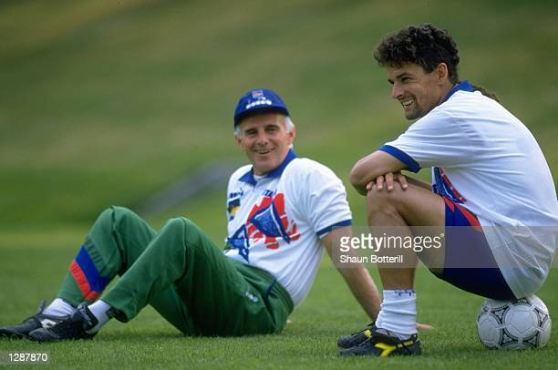 Roberto Baggio of Italy relaxes with Coach Arrigo Saachi during training for the World Cup. \ Mandatory Credit: Shaun Botterill/Allsport