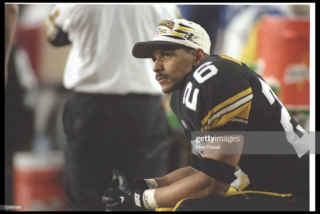 Cornerback Rod Woodson of the Pittsburgh Steelers looks on during Super Bowl XXX against the Dallas Cowboys at Sun Devil Stadium in Tempe, Arizona. The Cowboys won the game, 27-17. Mandatory Credit: Mike Powell /Allsport