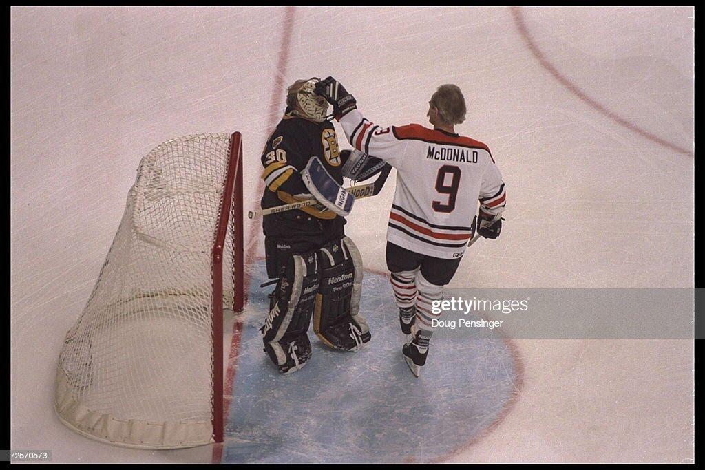 Gerry Cheever Bruins : News Photo