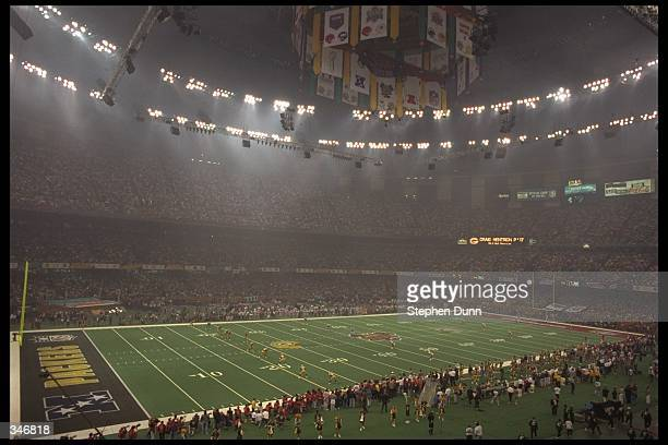 A general view of action between the Green Bay Packers 3521 win over the New England Patriots in Super Bowl XXXI at the Louisiana Superdome in New...