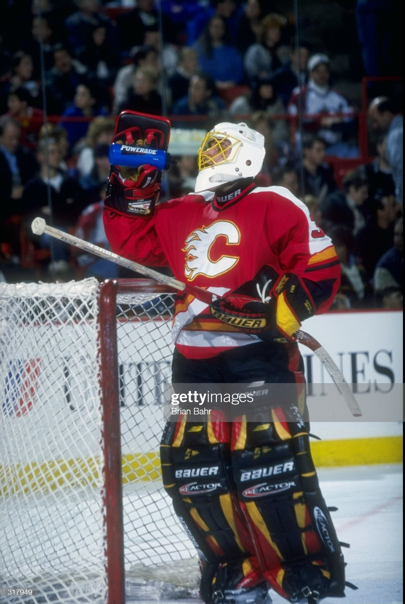 jan-1998-goaltender-dwayne-roloson-of-th