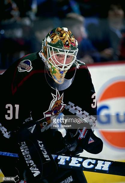 Goaltender Scott Langkow of the Phoenix Coyotes in action during a game against the Buffalo Sabres at the Marine Midland Arena in Buffalo, New York....