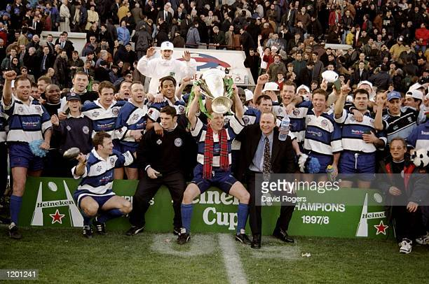 The Bath team celebrate victory over Brive in the European Cup Final at Stade Lescure, Bordeaux. Bath won 19 - 18. \ Mandatory Credit: Dave Rogers...