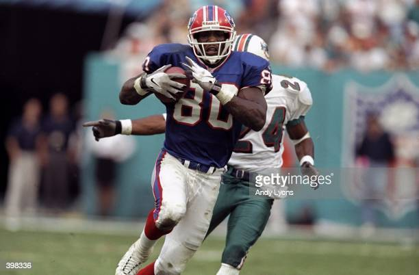 Eric Moulds of the Buffalo Bills in action during the AFC Wild Card Game against the Miami Dolphins at the Pro Player Stadium in Miami, Florida. The...