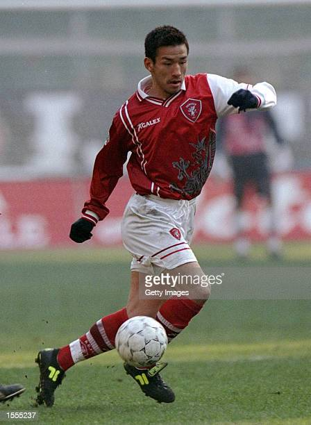 Hidetoshi Nakata of Perugia in action during the Italian Serie A match against Juventus played in Turin, Italy. Juventus won the game 2-1. \ Picture:...