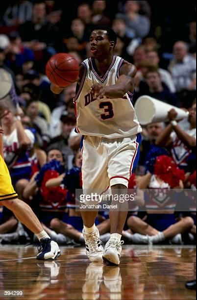 Quentin Richardson of the DePaul Blue Demons passes during the game against the Marquette Golden Eagles at the United Center in Chicago Illinois...