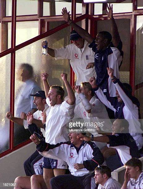 Duncan Fletcher and Nasser Hussain lead the celebrations as they win the Fifth Test match between South Africa and England at Centurion Park, South...