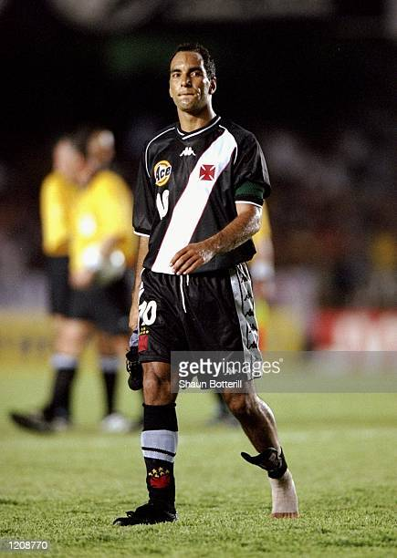 Edmundo of Vasco de Gama looks in despair after the Final of the World Club Championship against Corinthians played at the Maracana Stadium in Rio de...
