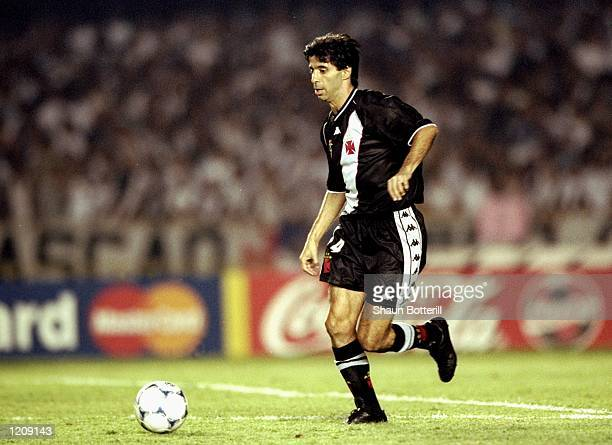 Mauro Galvao of Vasco de Gama in action during the Final of the World Club Championship against Corinthians played at the Maracana Stadium in Rio de...