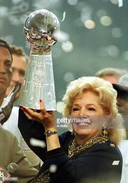 Owner Georgia Frontiere Of The St Louis Rams Lifts The Vince Lombardi Trophy After Super Bowl Xxxiv Between The St Louis Rams And Tennessee Titans At...