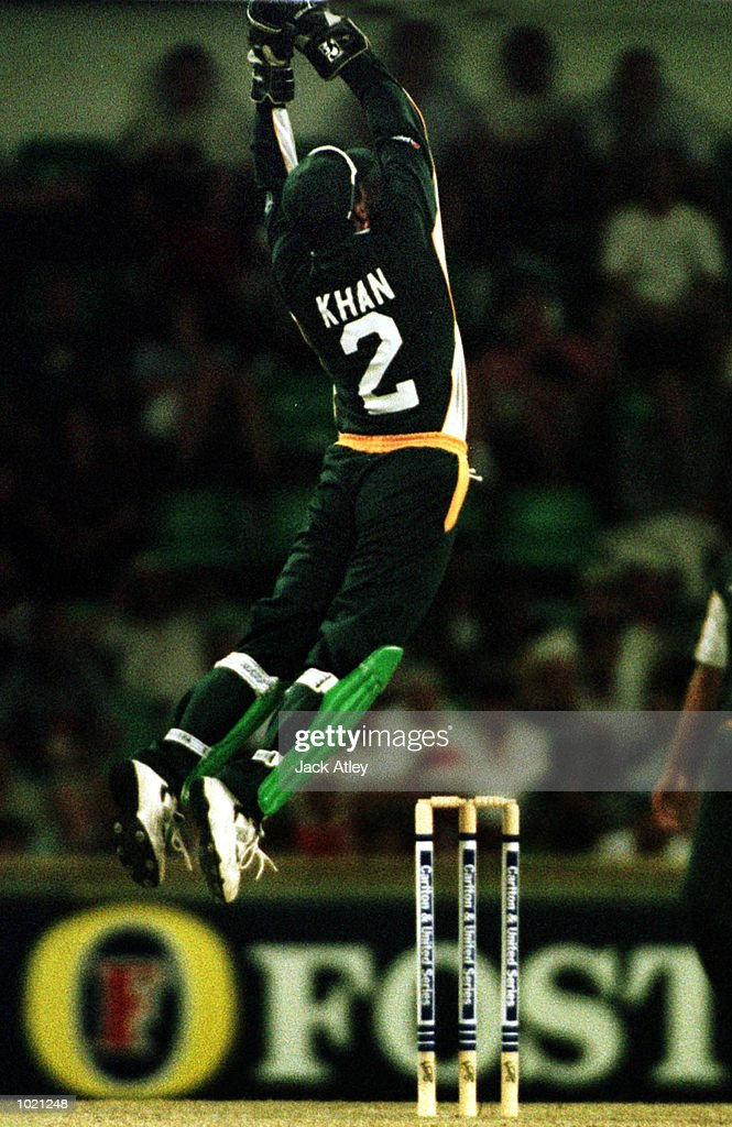 Wicketkeeper Moin Khan of Pakistan takes a wayward catch against India during the Carlton and United Breweries one day international between India and Pakistan at the WACA cricket ground, Perth, Australia. Mandatory Credit: Jack Atley/ALLSPORT