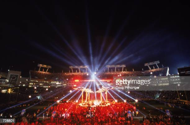 General view of the halftime show for the Super Bowl XXXV Game between the New York Giants and the Baltimore Ravens at the Raymond James Stadium in...