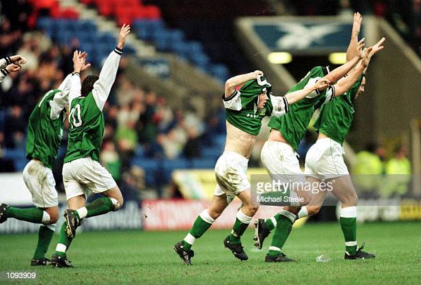 Warren Patmore of Yeovil celebrates scoring during the match between Bolton Wanderers and Yeovil Town in the FA Cup 3rd Round at the Reebok Stadium...