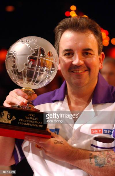 Phil Taylor wins for the 10th time the PDC Skol World Darts championships final at the Circus Tavern Purfleet Essex DIGITAL IMAGE Mandatory Credit...