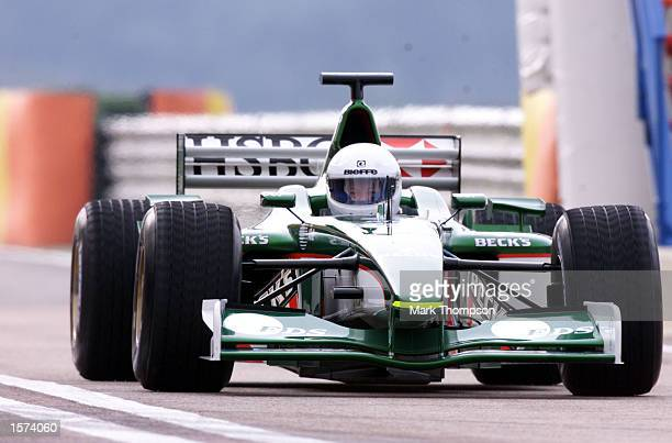 Wolfgang Reitzle, the chairman of Jaguar cars drives in the Jaguar R2 Formula one car the circuit Ricardo Tormo in Valencia, Spain. DIGITAL IMAGE....