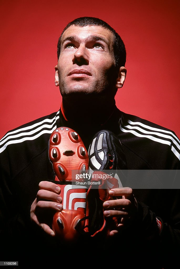 Zinedine Zidane of Real Madrid and France with the new Adidas Predator Mania football boots during a photoshoot in Oxford, England. \ Mandatory Credit: Shaun Botterill/Getty Images