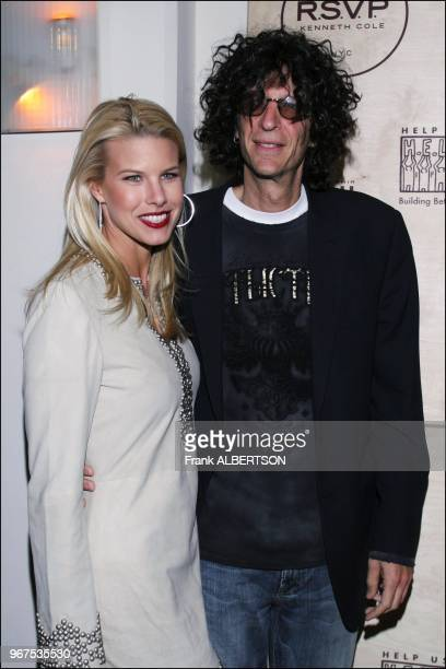 "Jan 25, 2007 Howard Stern and Beth Ostrosky at the ""R.S.V.P. TO HELP"" benefit, a fundraiser for Habitat for Humanity, HELP USA and the Philadelphia..."