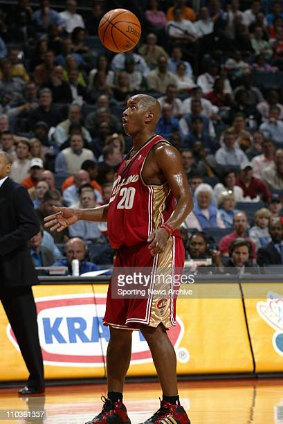 Jan 30 2006 Charlotte NC USA NBA BASKETBALL Cleveland Cavaliers Eric Snow against Charlotte Bobcats on Jan 30 at the Charlotte Bobcats Arena in...
