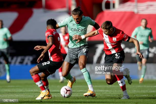 Jan Bednarek and Kyle WalkerPeters of Southampton close down Dominic CalvertLewin of Everton during the Premier League match between Southampton and...