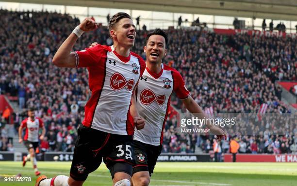 Jan Bednarek of Southampton celebrates after putting Southampton 20 up during the Premier League match between Southampton and Chelsea at St Mary's...