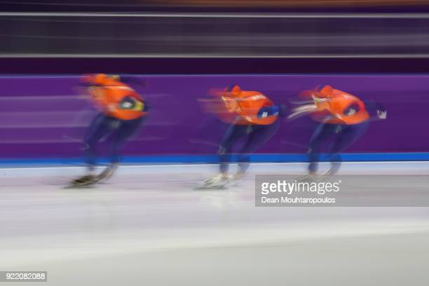 Jan Blokhuijsen Patrick Roest and Sven Kramer of the Netherlands compete during the Speed Skating Men's Team Pursuit Final B against New Zealand on...