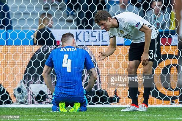 Sonntag Europameisterschaft in Frankreich Lille Achtelfinale Deutschland Slowakei 30 Jan Durica Thomas Mueller