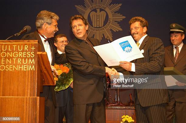 Jan Fedder Udo Nagel Hermann Benker Georg Schmid Klaus Radtke Auszeichnung zum Ehrenkommissar der Bayerischen Polizei des Jahres 2005 an J a n F e d...