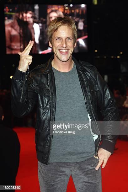 Jan Hahn Bei Der 007 Ein Quantum Trost Premiere Im Cinestar Am Potsdamer Platz In Berlin Am 031108