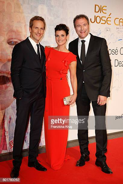Jan Hahn Marlene Lufen and Alexander Hold attend the 21th Annual Jose Carreras Gala at Hotel Estrel on December 17 2015 in Berlin Germany