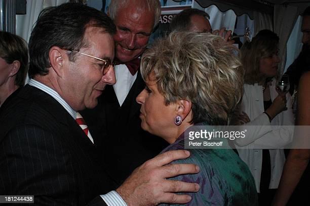 Jan Hofer Dagmar Frederic Ehemann Dr Klaus Lenk Verleihung Medienpreis ARDMagazin Brisant Brilliant Brisant Berlin Deutschland Auszeichnung...
