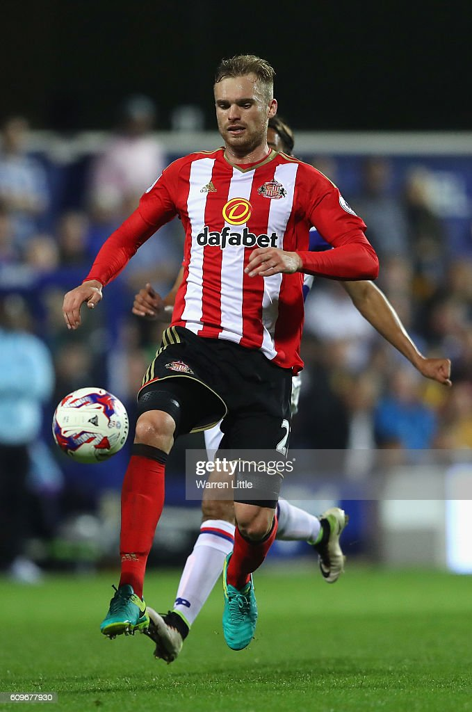 Jan Kirchhoff of Sunderland in action during the EFL Cup Third Round match between Queens Park Rangers v Sunderland at Loftus Road on September 21, 2016 in London, England.