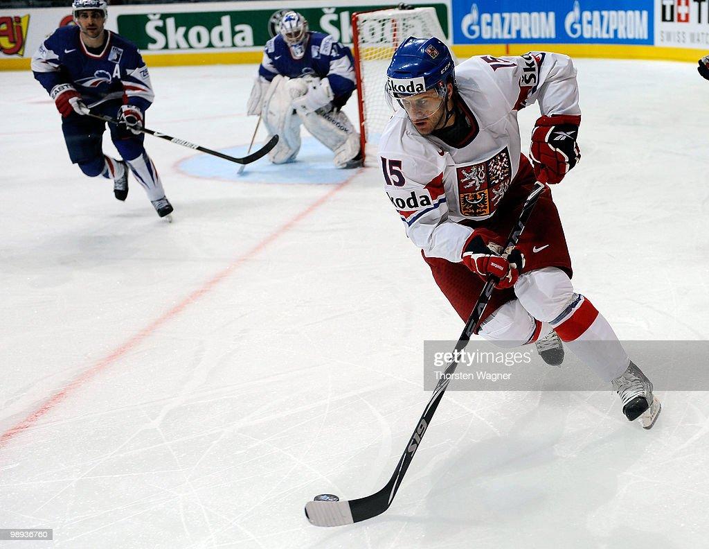 Czech Republic v France - 2010 IIHF World Championship