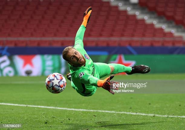 Jan Oblak of Atletico de Madrid in action during the UEFA Champions League Group A stage match between Atletico de Madrid and RB Salzburg at Estadio...